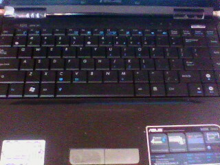 Asus K40AE Series keyboard