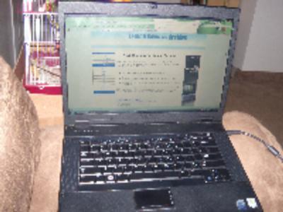 Dell Latitude E5500 screen