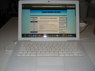 Apple MacBook 13.3 inch 2.4 i