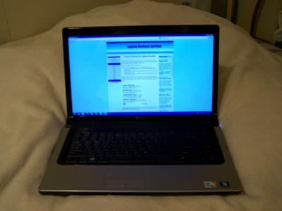 Dell Studio 15 screen