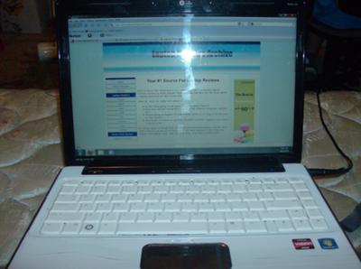 HP with website open